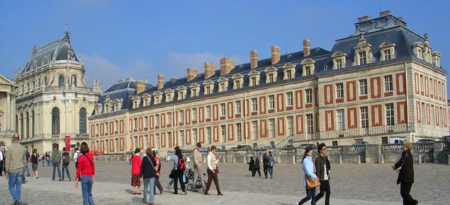 Perto de Paris, castelos revelam a face monárquica da França